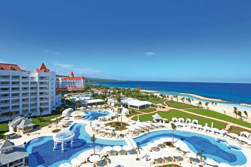 En sus hoteles en Jamaica (en la imagen, el Luxury Bahía Príncipe Runaway Bay) el mercado estadounidense representa un 60% de su clientela, y a él va dirigida esta herramienta de paquetes dinámicos.