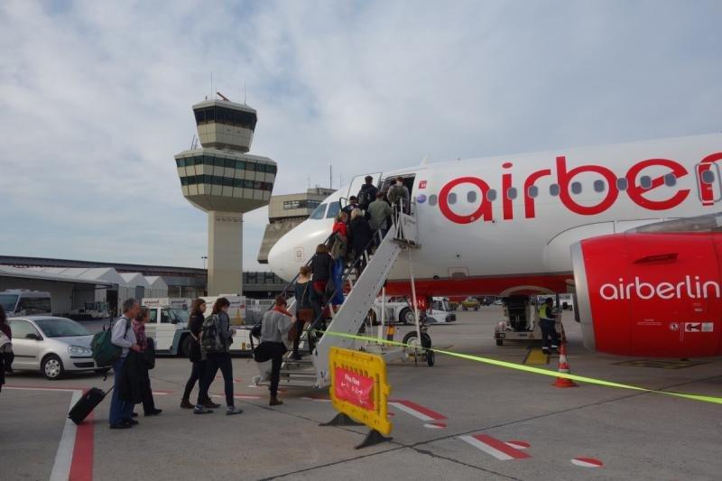 La CE aprueba 'sin condiciones' la compra de parte de airberlin por easyJet
