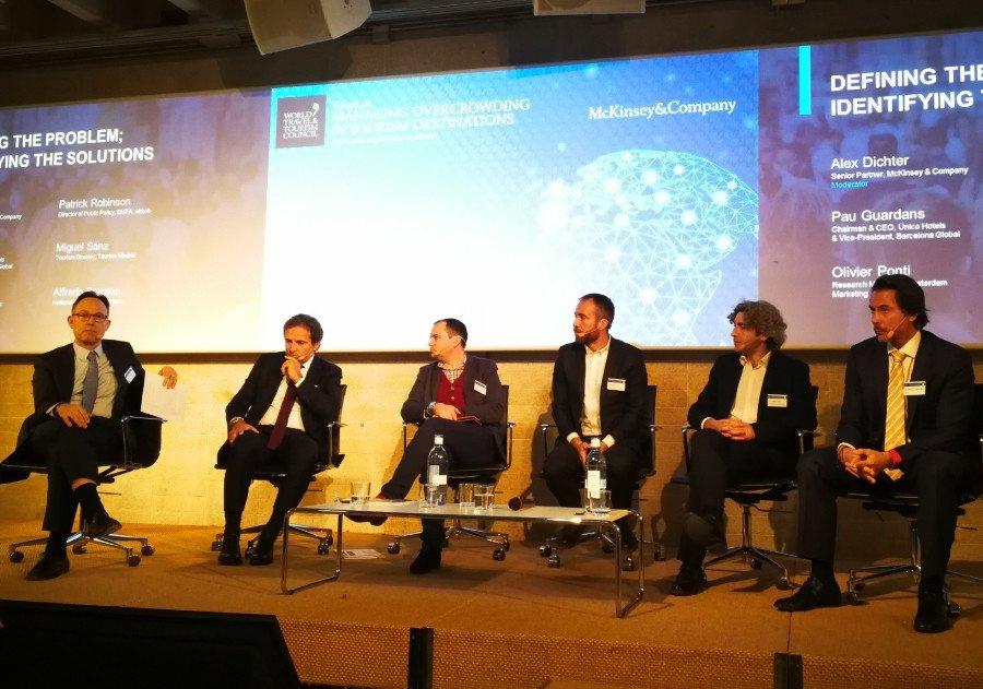 Mesa rendonda moderada por Alex Dichter, de la consultora McKinsey, con la participación de Pau Guardans, Patrick Robinson, Miguel Sanz, Olivier Ponti y Alfredo Serrano.