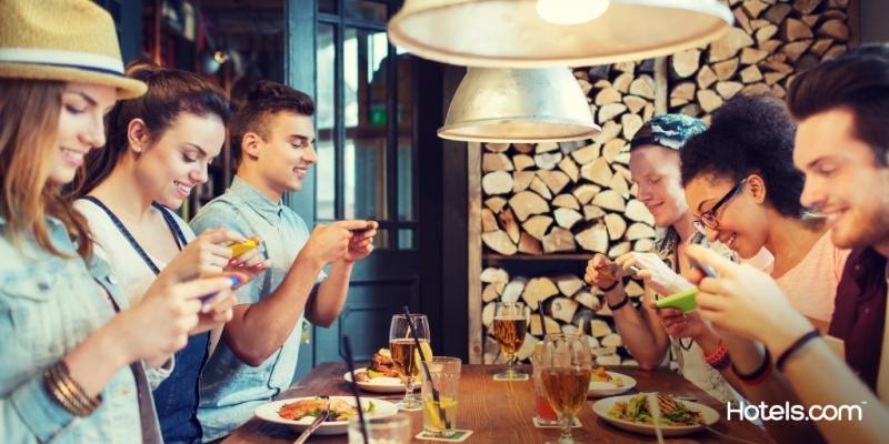 El 39% de las publicaciones que realizan los viajeros para presumir son instantáneas que giran en torno a la comida.