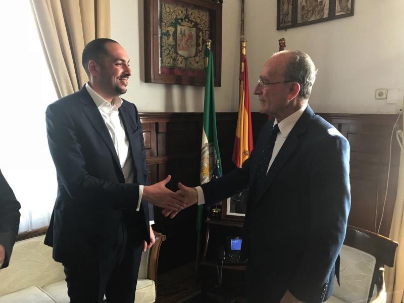 Tres cadenas de lujo aspiran a gestionar el hotel del Puerto de Málaga