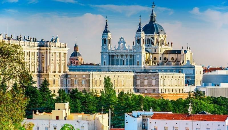 Los hoteleros madrileños, totalmente en contra del borrador del Decreto de la Comunidad para regular las viviendas de uso turístico
