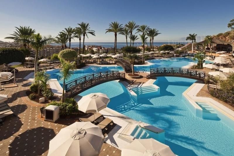 Canarias acapara el 21 % de la inversión en hoteles, en un año de récord
