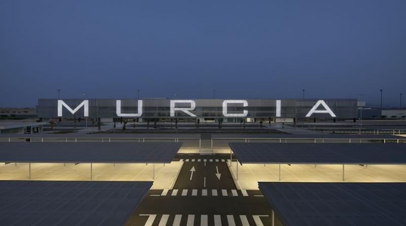 El aeropuerto Internacional de la Región de Murcia, conocido hasta ahora como aeropuerto de Corvera.