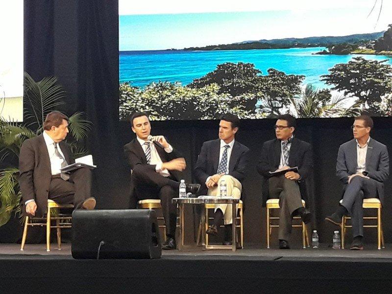 El director general de Palladium Hotel Group participó en el foro de turismo celebrado por la OMT en Jamaica.