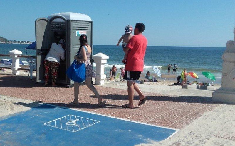 Acceso a playa de Piriápolis. Foto: J. Lyonnet