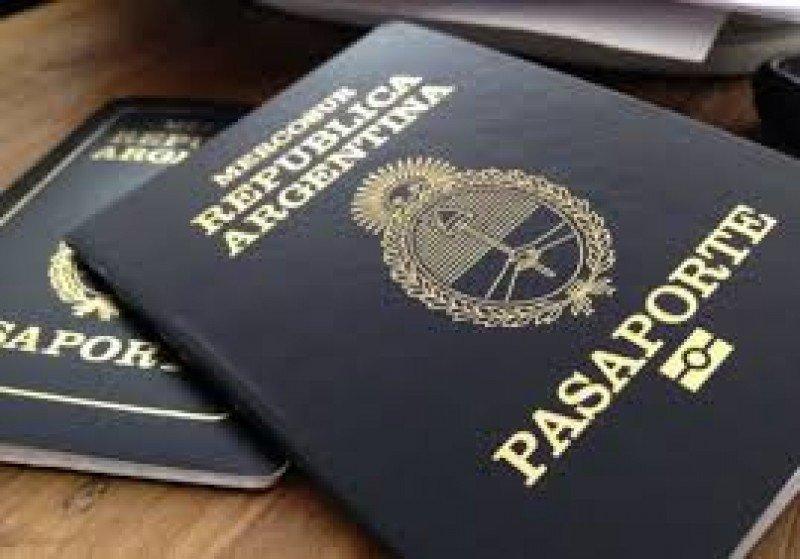 El pasaporte de Argentina será un 73% más caro