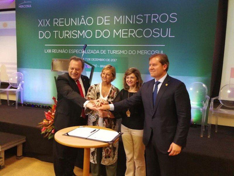 Ministros de Turismo del Mercosur reunidos en Brasil anuncian diversos avances y acuerdos.