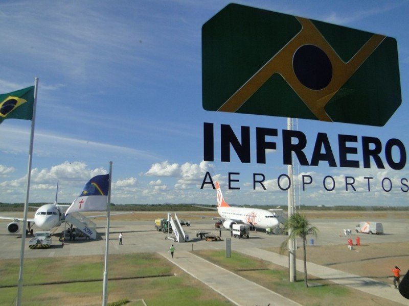 Brasil estudia privatizar una parte de Infraero para gestión de aeropuertos