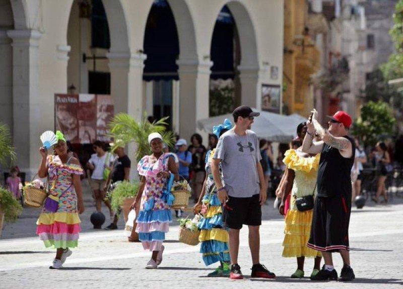 Cuba se pone una meta de 5 millones de turistas para 2018. Foto: @idaniacuba