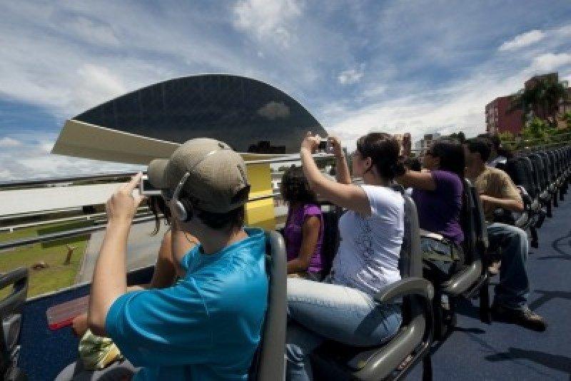 Brasil espera más de 3,5 millones de turistas extranjeros durante el verano