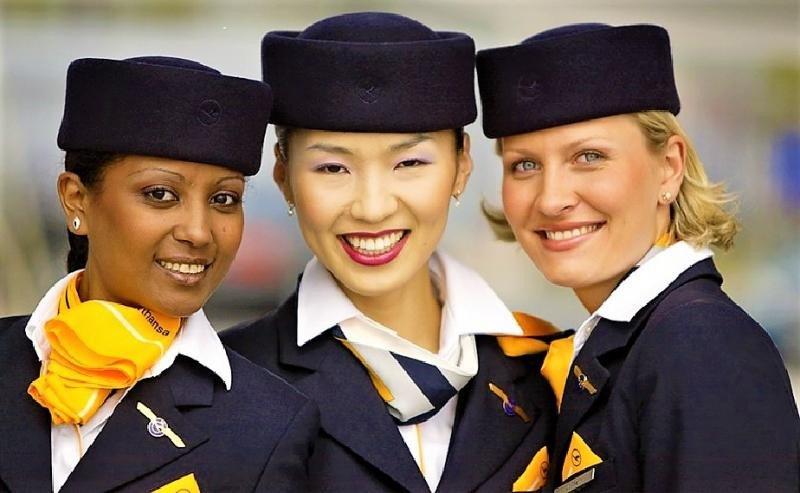 Lufthansa contratará a más de 8000 nuevos empleados en 2018, más de la mitad tripulantes de cabina de pasajeros.