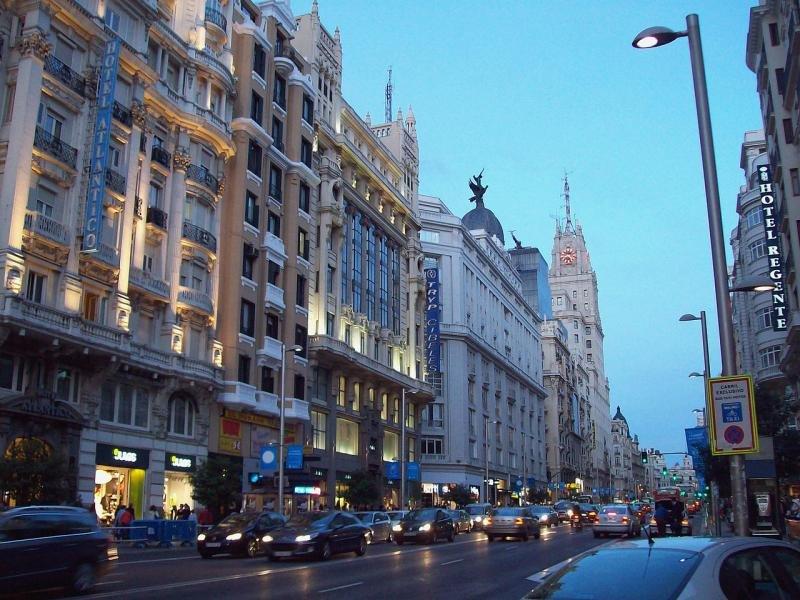 Gran Vía de Madrid. Foto: Luis García.