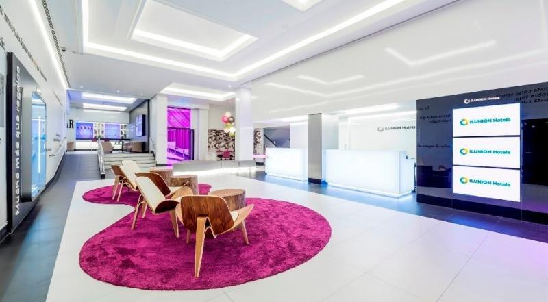 El Ilunion Suites Madrid es uno de los nueve Centros Especiales de Empleo de la cadena, en los que más del 70% de su personal tiene alguna discapacidad.