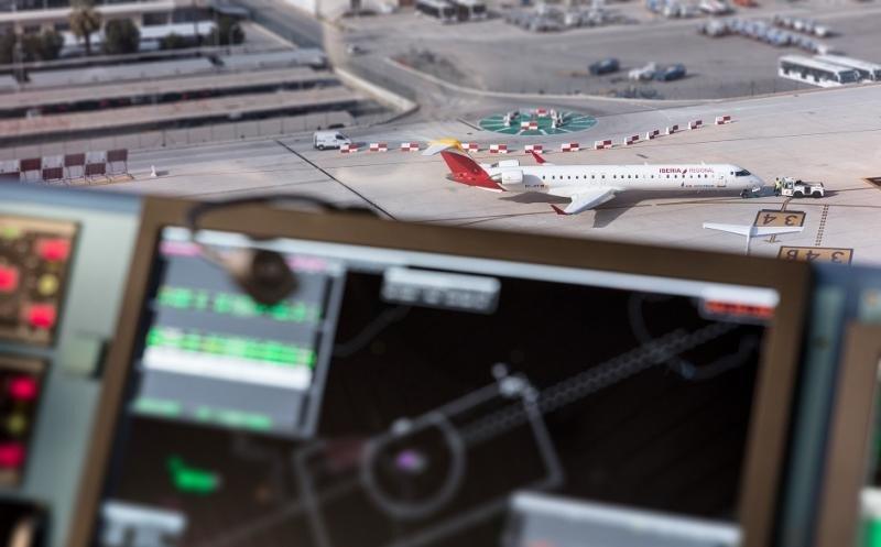 Los controladores getionan un récord histórico de 2 M de vuelos