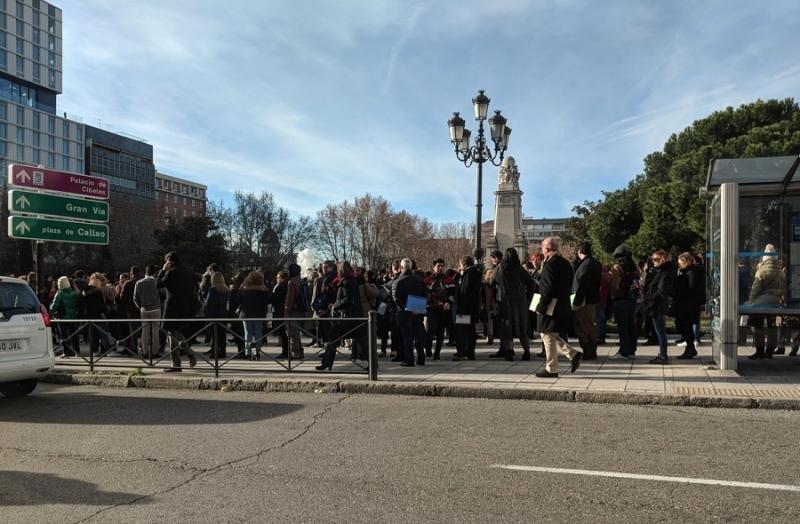 Los candidatos esperando su turno. FOTO:  @wmurphy (Twitter)