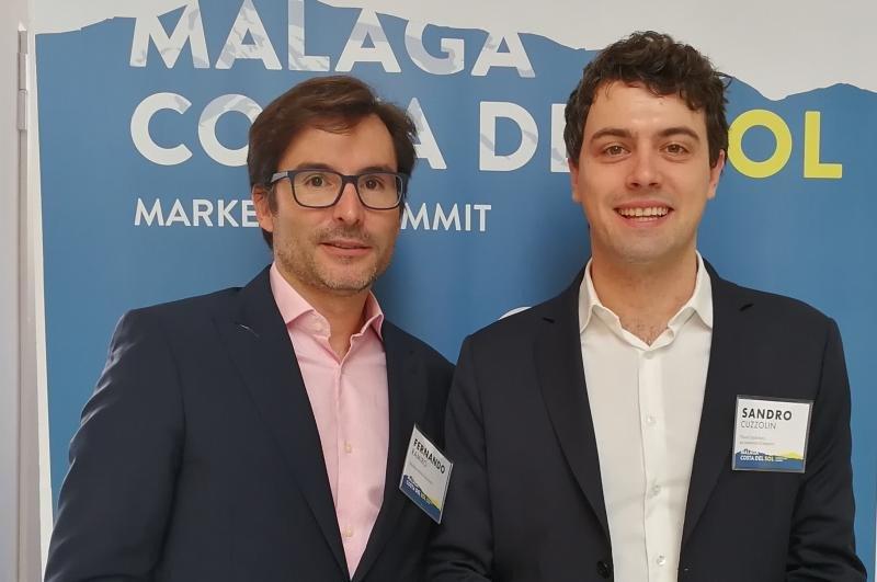 Sandro Cuzzolin (a la derecha) junto a Fernando Ramiro, responsable de Amadeus Media Solutions.