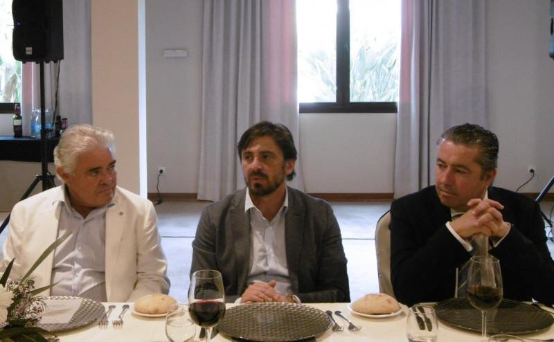 Francisco Alcaraz (izq.), Jorge Marichal (centro) y Juan Barrientos (dch.).