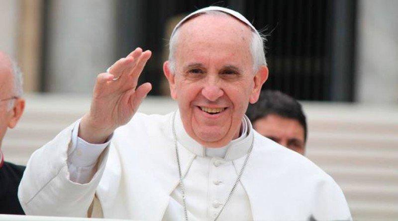 Perú puede recibir más de un millón de turistas por visita de papa Francisco