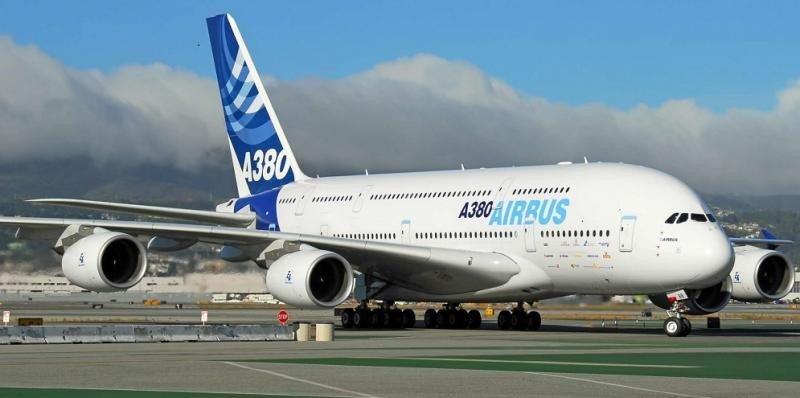 Airbus dejará de fabricar el A380 si no consigue seis pedidos al año.