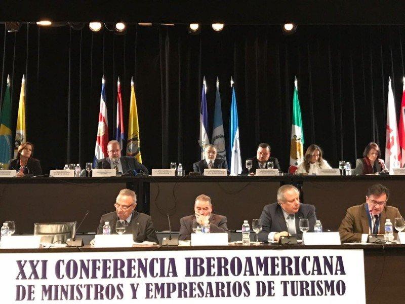 Ministros de Turismo de Latinoamérica expusieron en la víspera de FITUR 2018