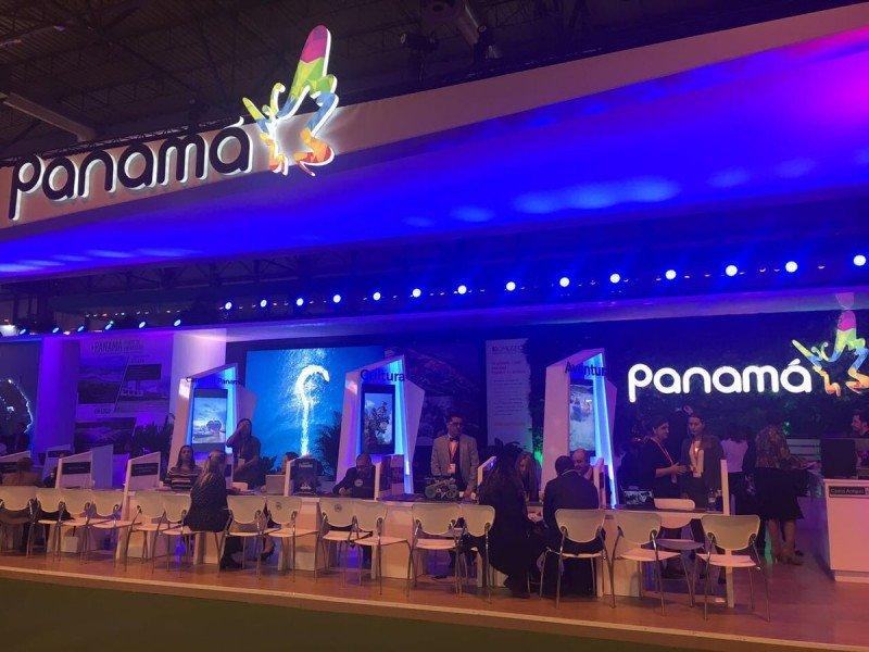 Panamá adelanta alianzas con aerolíneas europeas en FITUR 2018