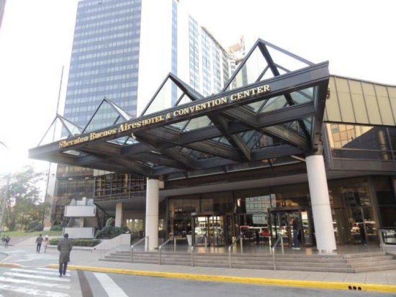 Con 740 habitaciones, el Sheraton Buenos Aires es uno de los principales hoteles de la ciudad.