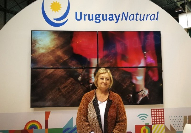 Liliam Kechichian en el stand de Uruguay en FITUR 2018.
