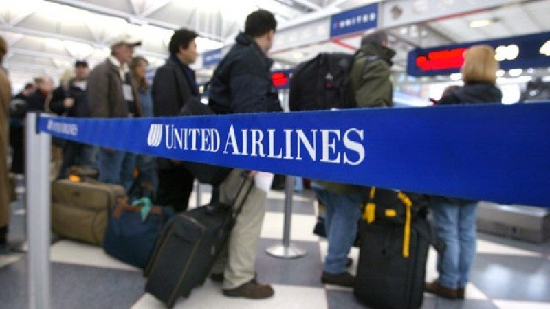 Guerra de tarifas aéreas: United quiere equipararse a las low cost