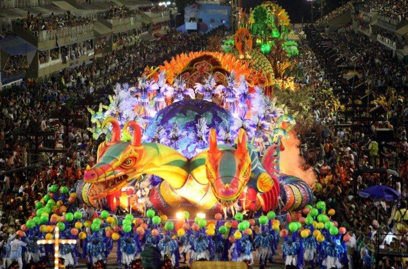 Agencias de Brasil venden 15% más de paquetes para Carnaval
