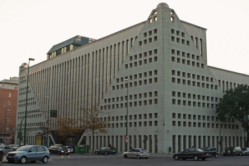 El edificio está situado a cinco minutos de la Estación de Santa Justa. Foto: Mapio.net.