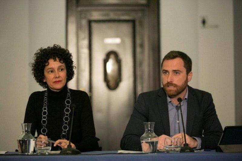 Natacha Mora, coordinadora de Canary Islands Film, e Isaac Castellano, consejero de Turismo, Cultura y Deportes.