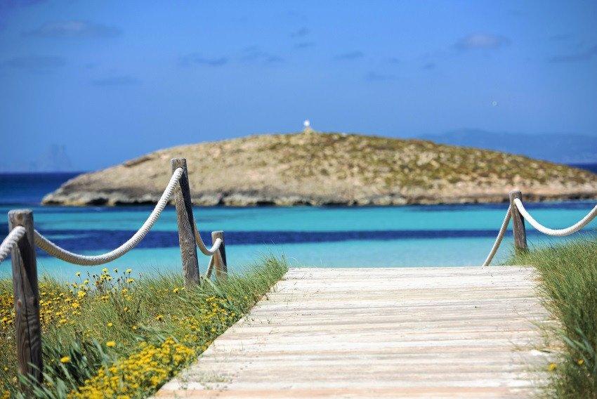 Formentera alcanza los 47.000 residentes de hecho en plena temporada alta.