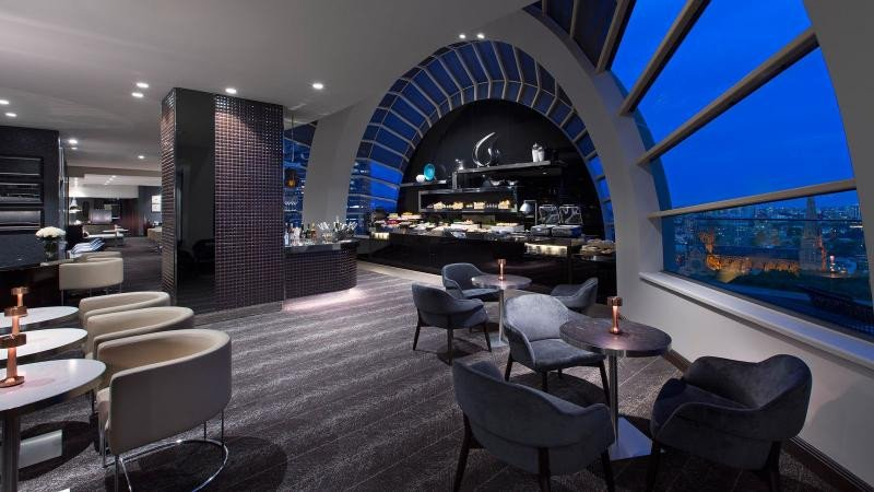 El espectacular Sheraton Club Lounge.