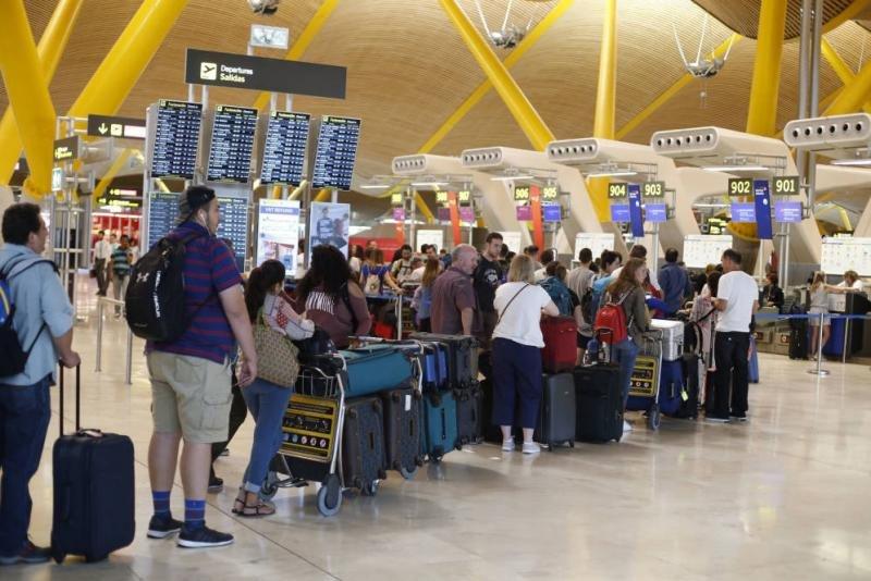 El mercado nacional lidera el tráfico de los aeropuertos españoles en enero