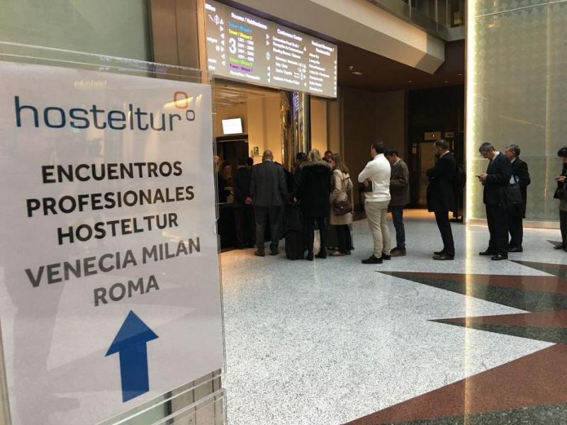 El evento tiene lugar en el hotel Marriot Auditorium de Madrid.