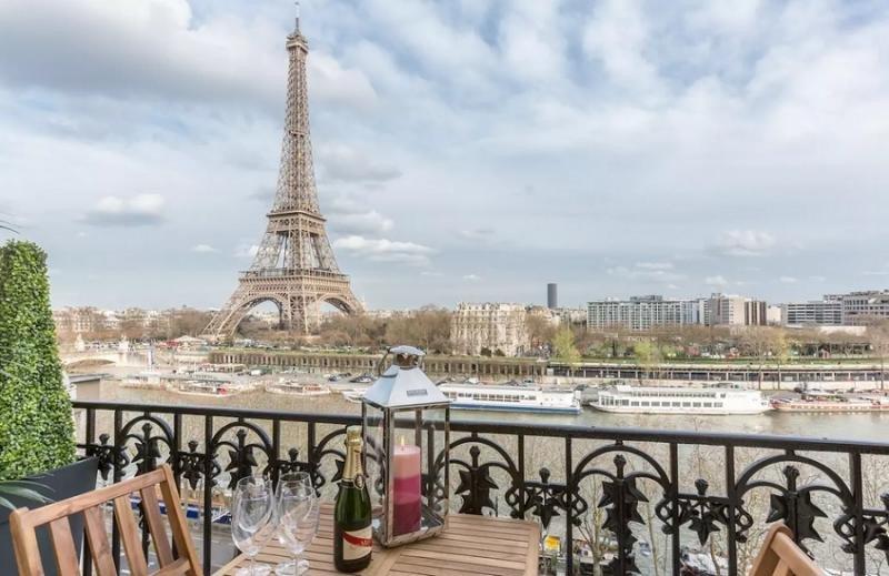 Condenan a Airbnb en París por un caso de realquiler ilegal