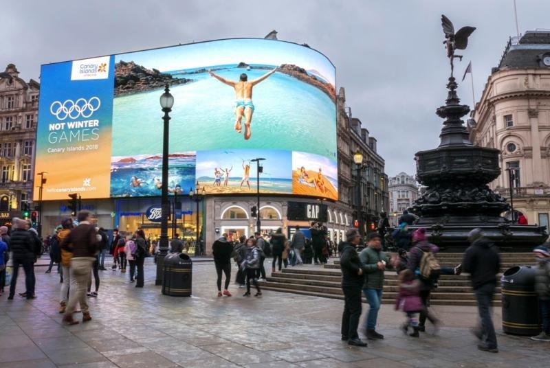 Promoción de Canarias en Picadilly Circus, Londres