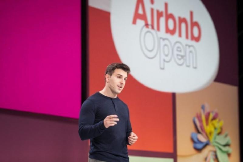 Airbnb se marca como objetivo llegar a 1.000 millones de viajeros en 2028