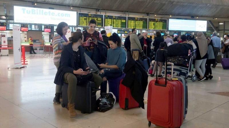 Los aeropuertos estuvieron cerrados durantes dos horas. Foto: RTVA.