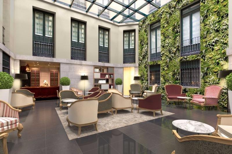 El Hotel Intur Palacio San Martín reabre tras una reforma de 2 M €