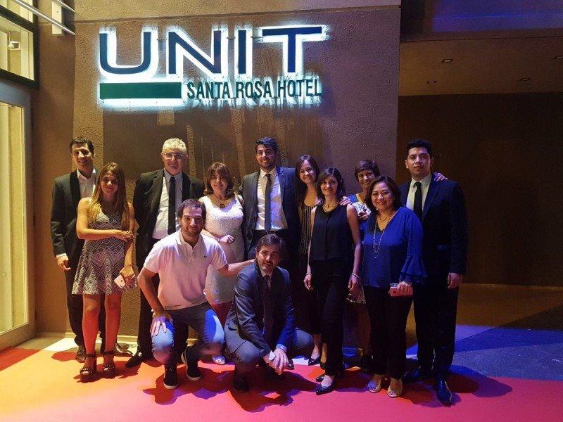 Equipo de UNIT Santa Rosa en la inauguración este miércoles.