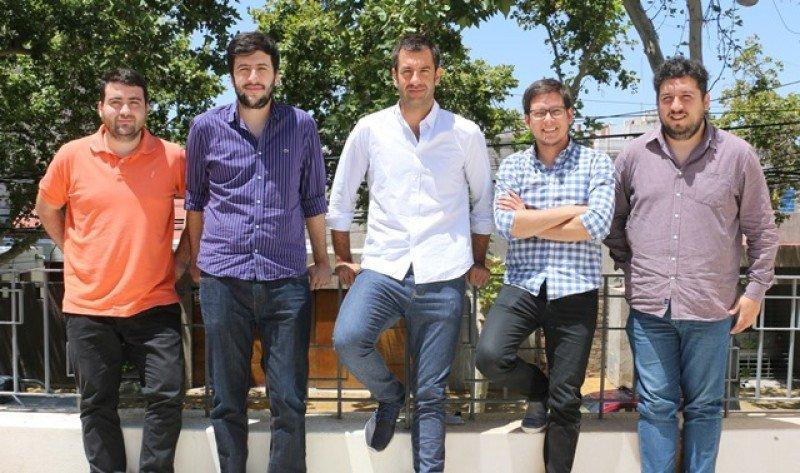 Tomás González Ruiz  junto al equipo de fundadores y directores de TravelPAQ.