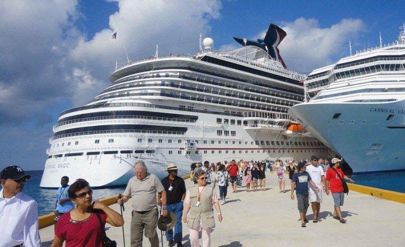 México recibió más de 7 millones de cruceristas en 2017
