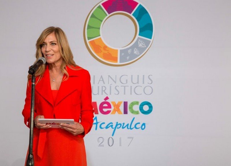 Lourdes Berho en el Tianguis 2017 de Acapulco, cuando todavía dirigía el CPTM.