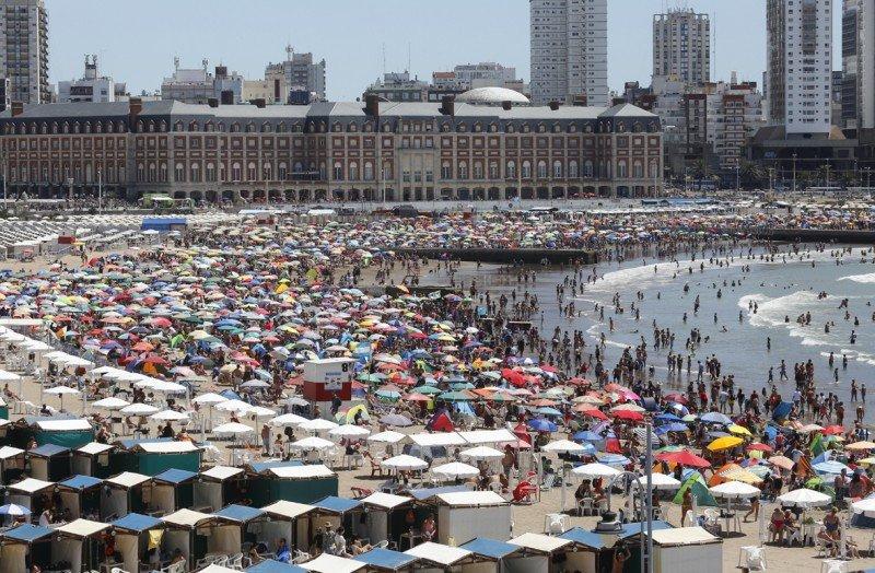 Casi 3 millones de turistas en Mar del Plata hasta febrero