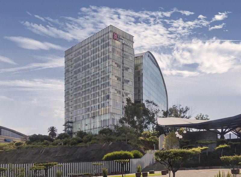 El hotel Hilton Garden Inn Mexico City Santa Fe abrió junto al DoubleTree by Hilton Mexico City Santa Fe.
