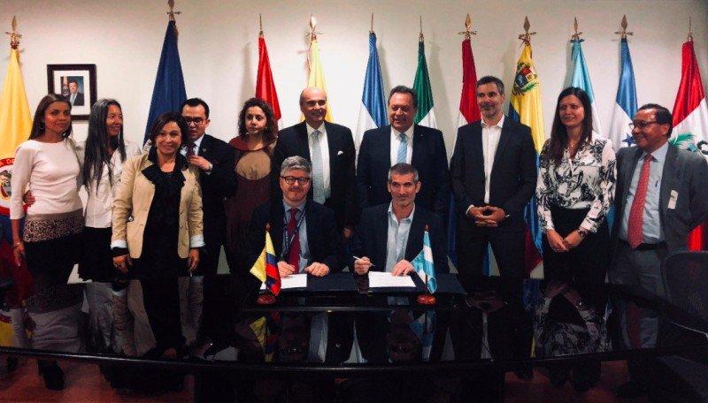 Se multiplicarán por cinco las frecuencias aéreas entre Buenos Aires y Bogotá