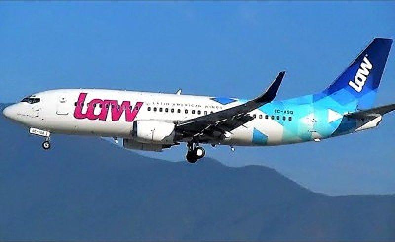 Perú abre procesos para sancionar a aerolínea chilena LAW por cancelar vuelos
