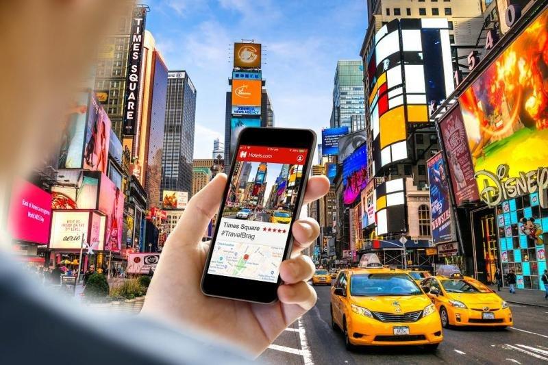 Los principales atractivos turísticos de cada ciudad también son objeto de deseo de los que quieren presumir en las redes sociales ante sus amigos y seguidores.